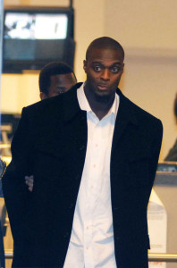 plaxico-burress-charged_nc